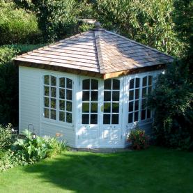10' x 10' cedar Clifton with coloured external finish