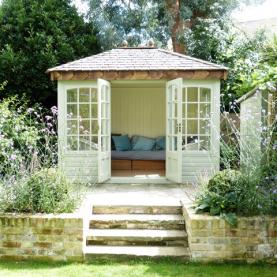 10' x 8' cedar Ashton with coloured external finish