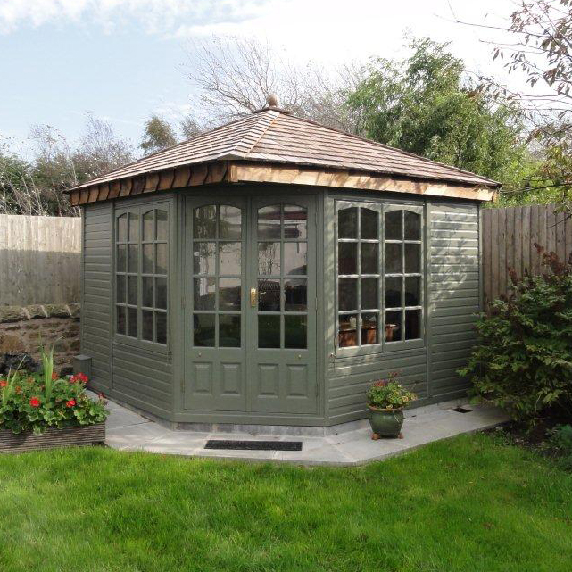 Clifton Cottage Range summerhouse by Malvern Garden Buildings