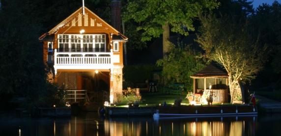 The Savannah Breeze House at night