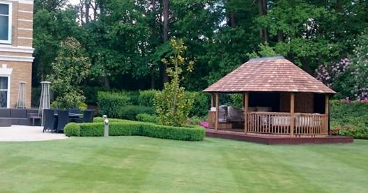Oval Safari Breeze House