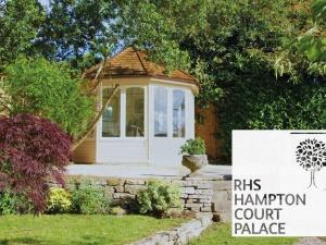 July: RHS Hampton Court Palace Flower Show
