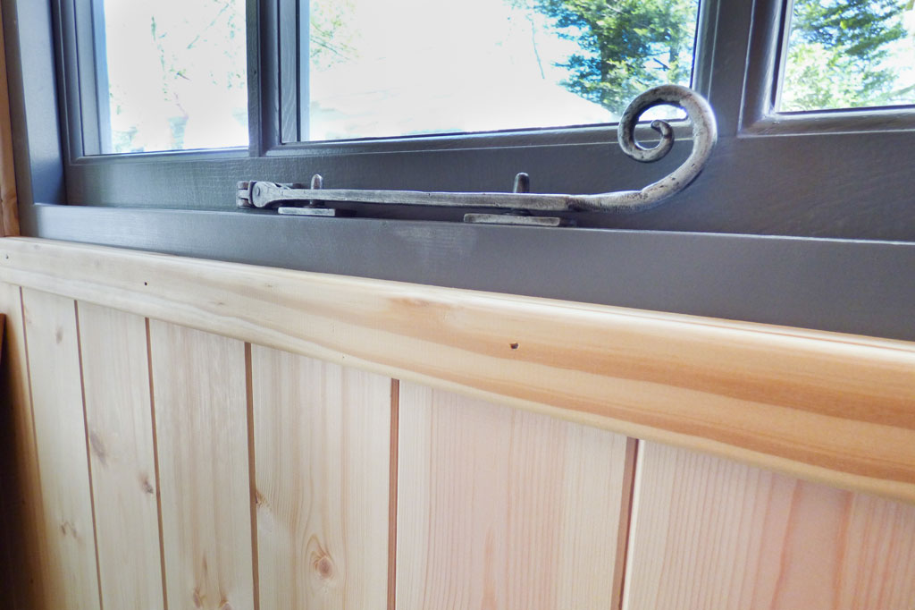 Pewter ironmongery in Kew Darwin by Malvern Garden Buildings
