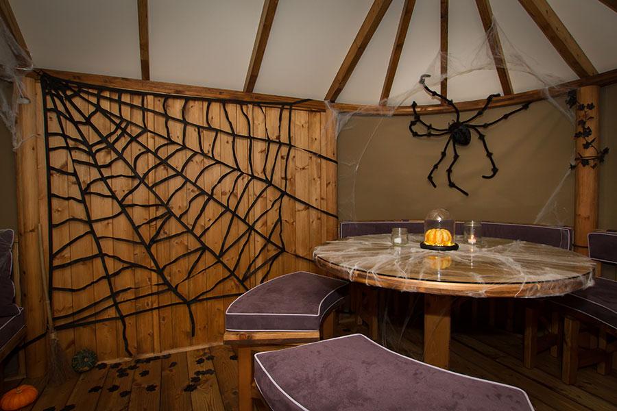 Halloween party Breeze House by Malvern Garden Buildings