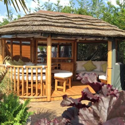 Oval Savannah Breeze House