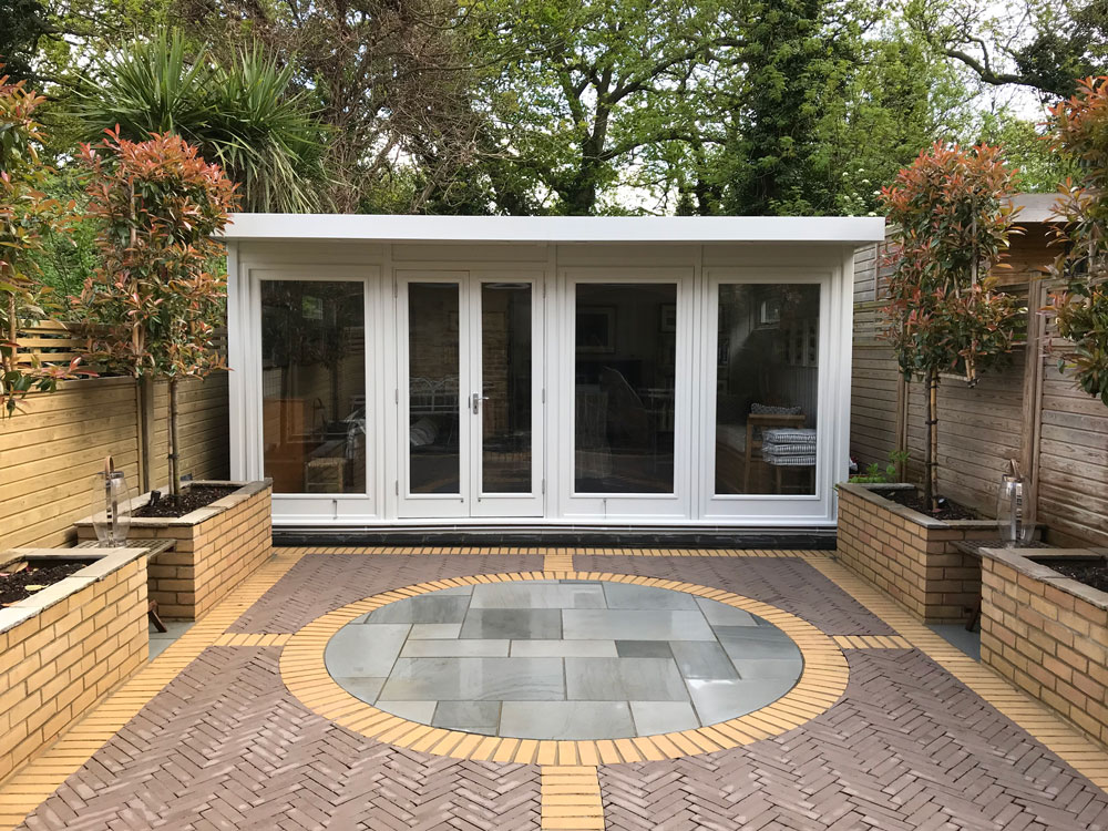 Hanley bespoke garden office by Malvern Garden Buildings