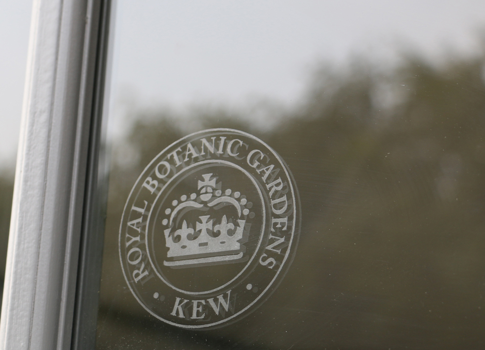 Royal Botanic Gardens Kew window badge