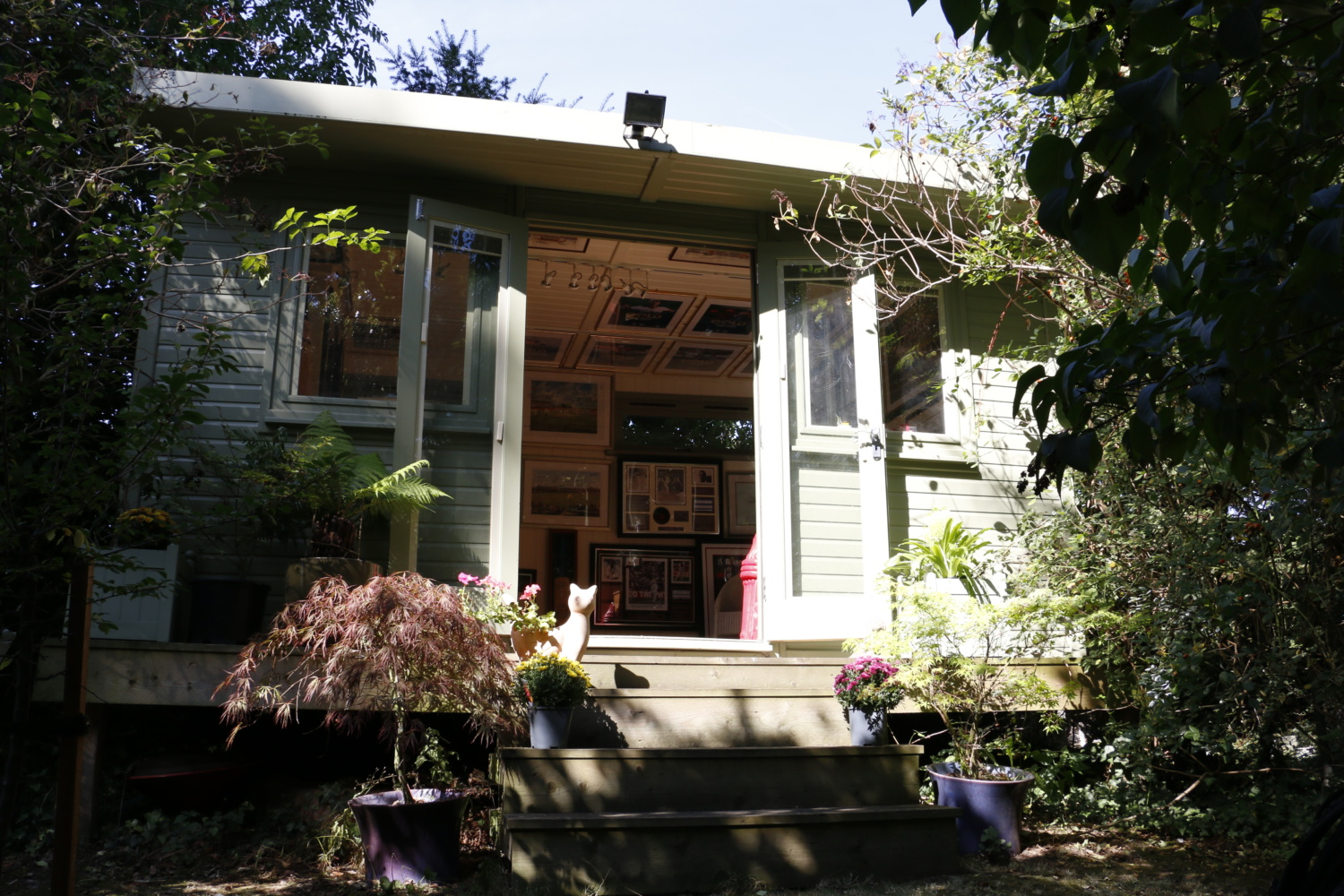 Exterior of collector's cabin