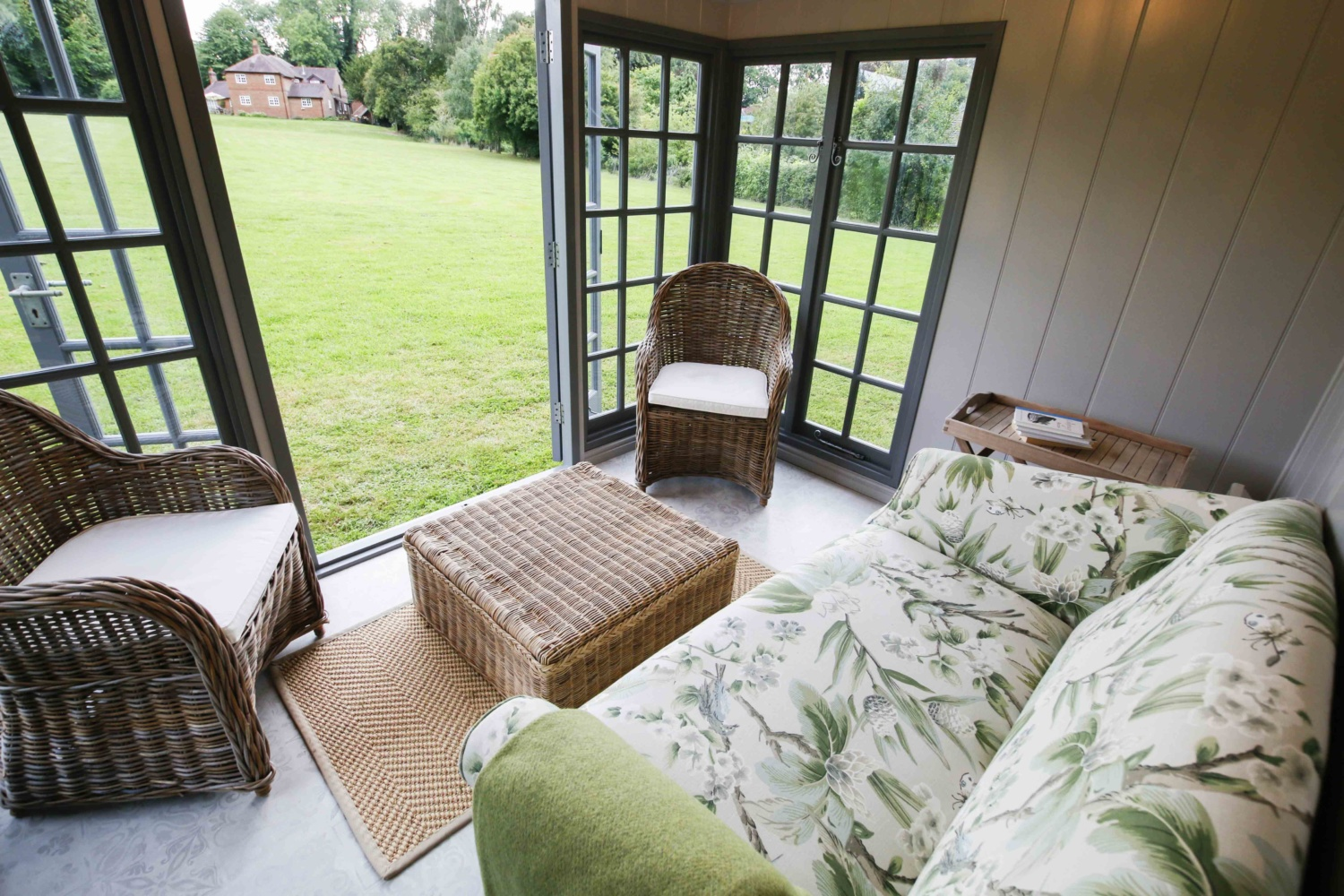 Malvern Garden Buildings visits Jan who owns a Kew Victoria garden room. Owner's Story for Garden Escape